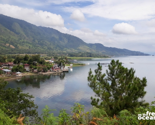 LAKE TOBA SUMATRA INDONESIA